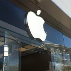 Photo taken at Apple Store, The Americana at Brand by Thiago R. on 6/3/2012