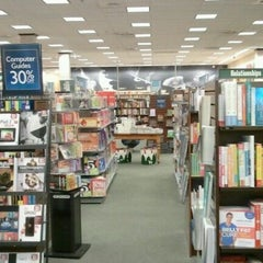 Photo taken at Barnes & Noble by Zach R. on 12/16/2011