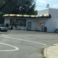 Photo taken at Dairy Kastle by Madeline M. on 6/20/2012