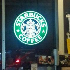 Photo taken at Starbucks by Lou V. on 11/17/2011