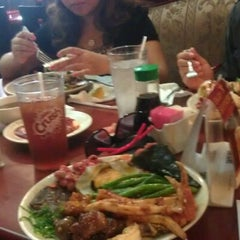 Photo taken at Osaka Seafood Buffet by Kaiser on 5/13/2012