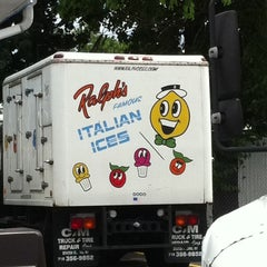 Photo taken at Ralph's Italian Ices by Richard R. on 6/13/2011