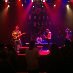 Photo taken at House of Blues San Diego by Bianca P. on 6/2/2012