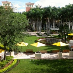 Photo taken at Shops at Merrick Park by Lesly N. on 8/12/2012