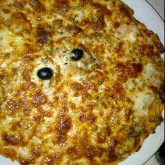 Photo taken at Pizzeria Casa Nostra by Bobert T. on 5/12/2012