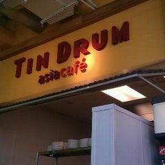 Photo taken at Tin Drum Asiacafé by Trent H. on 5/27/2012