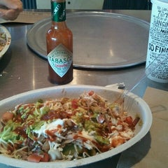 Photo taken at Chipotle Mexican Grill by Michael L. on 10/5/2011