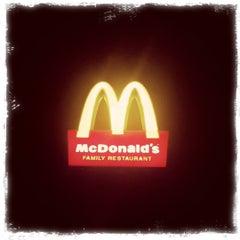 Photo taken at McDonald's by Karmraj C. on 3/29/2011