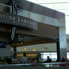 Photo taken at Cantina Laredo by Albert C. on 10/16/2011