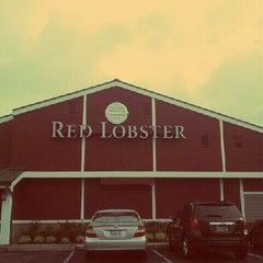 Photo taken at Red Lobster by Stephen D. on 1/21/2012
