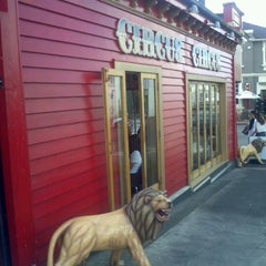 Photo taken at Circus Circus Cafe by Yang Y. on 3/16/2012
