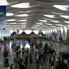 Photo taken at Aéroport de Marrakech Ménara | مطار مراكش المنارة‎  (RAK) by Dan W. on 7/8/2012
