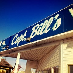 Photo taken at Captain Bill's Waterfront Restaurant by Jake B. on 8/1/2012