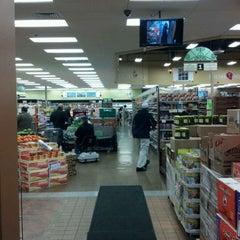 Photo taken at Dearborn Fresh Market - اسواق المدينة by iDeliver E. on 2/29/2012