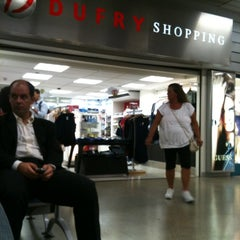 Photo taken at Dufry Shopping by Thiago B. on 3/21/2011