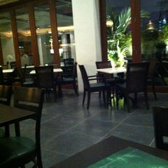 Photo taken at PappaRich by Lynro on 3/11/2011