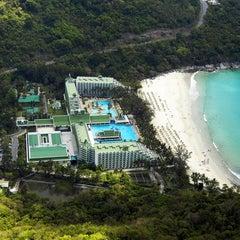 Photo taken at Le Meridien Beach Resort by Le Meridien Phuket Beach Resort on 2/2/2011