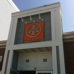 Photo taken at Tory Burch - Outlet by CINDY A. on 3/18/2012