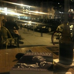 Photo taken at Cafe 212 Pier by Jihad F. on 9/5/2012