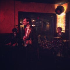 Photo taken at Tap House Grill at Ghent by Adam V. on 5/27/2012
