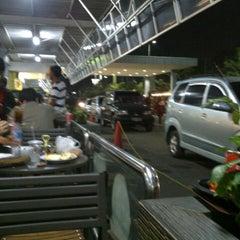 Photo taken at Giant Hypermarket by Handinata J. on 8/5/2012