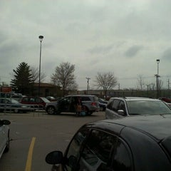 Photo taken at Hy-Vee by Tommy L. on 3/30/2012