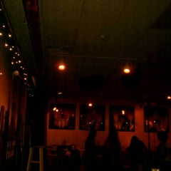 Photo taken at Punch Line Comedy Club Sacramento by ALVIE G. on 9/24/2011