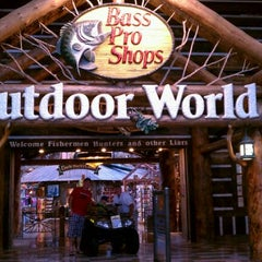 Photo taken at Bass Pro Shops by Vitto F. on 8/23/2011