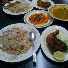 Photo taken at Restoran Shahira by Denny I. on 3/30/2012