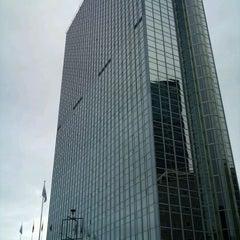 Photo taken at Radisson Blu Plaza Hotel by Bjarte O. on 9/11/2011