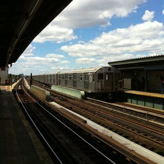 Photo taken at MTA Subway - Rockaway Blvd (A) by Kirsten A. on 8/22/2011
