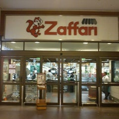 Photo taken at Zaffari by Everton Zanini M. on 3/1/2012