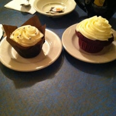 Photo taken at Jarets Stuffed Cupcakes by Pete C. on 2/21/2011