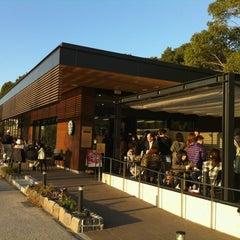 Photo taken at Starbucks Coffee 福岡大濠公園店 by Kanayo U. on 9/1/2011