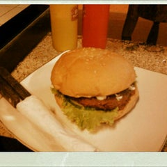 Photo taken at Big Burger Station by Bellynn R. on 11/5/2011