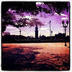 Photo taken at Una esquina en Urquiza by Ezequiel P. on 6/20/2012