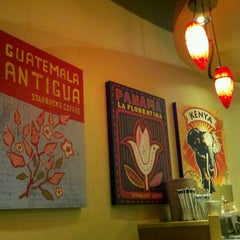 Photo taken at Starbucks by Wendy N. on 10/24/2011