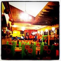 Photo taken at El Carreton by Arrick G. on 12/7/2011