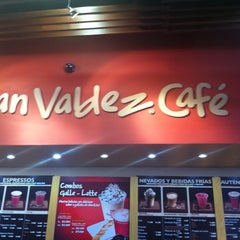 Photo taken at Juan Valdez Café by Liliana G. on 8/10/2011