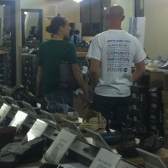 Photo taken at DSW Designer Shoe Warehouse by Emme H. on 4/14/2012