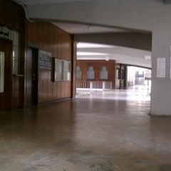 Photo taken at University of San Carlos / USC-TC - Bunzel Building by Oji Leightton Vynn-z B. on 4/11/2012