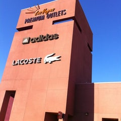 Photo taken at Las Vegas North Premium Outlets by Kazuma S. on 3/14/2012