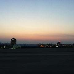 Photo taken at Fort McHenry Tunnel Toll Plaza by Helen G. on 7/7/2011