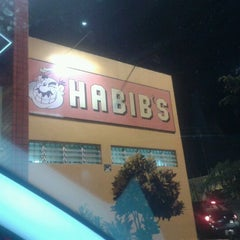 Photo taken at Habib's by Heitor B. on 5/27/2012