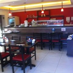 Photo taken at Sachô - Restaurante e Temakeria by Sacho T. on 8/27/2011