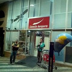Photo taken at Conexão Aeroporto by Ludmila C. on 12/5/2011