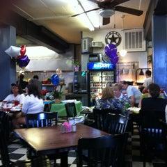 Photo taken at Mi Abuelita's Mexican Restaurant by Jason F. on 3/15/2012