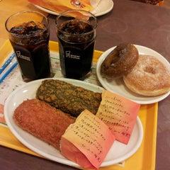 Photo taken at ミスタードーナツ アピタ刈谷店 by rzero3 on 8/16/2012
