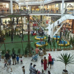 Photo taken at Shopping Campo Grande by Karla P. on 1/14/2012