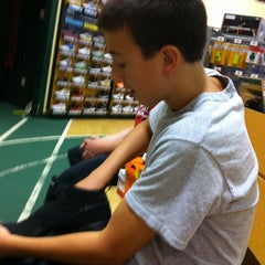 Photo taken at Dick's Sporting Goods by Dennis F. on 8/6/2011